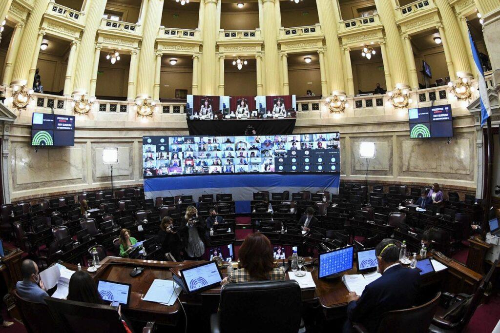 05/11/2020; Ciudad de Buenos Aires: El Senado de la Nación sesiona hoy desde las 14 para aprobar la validez de treinta pliegos de jueces, fiscales y defensores que pasarán a integrar el Poder Judicial de la Nación, así como para tratar varios proyectos de ley que tienen el acuerdo de todos los sectores partidarios de la Cámara alta.