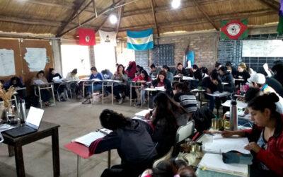 Mendoza: le quitan apoyo estatal a una escuela campesina agroecológica y dejan sin título a estudiantes rurales