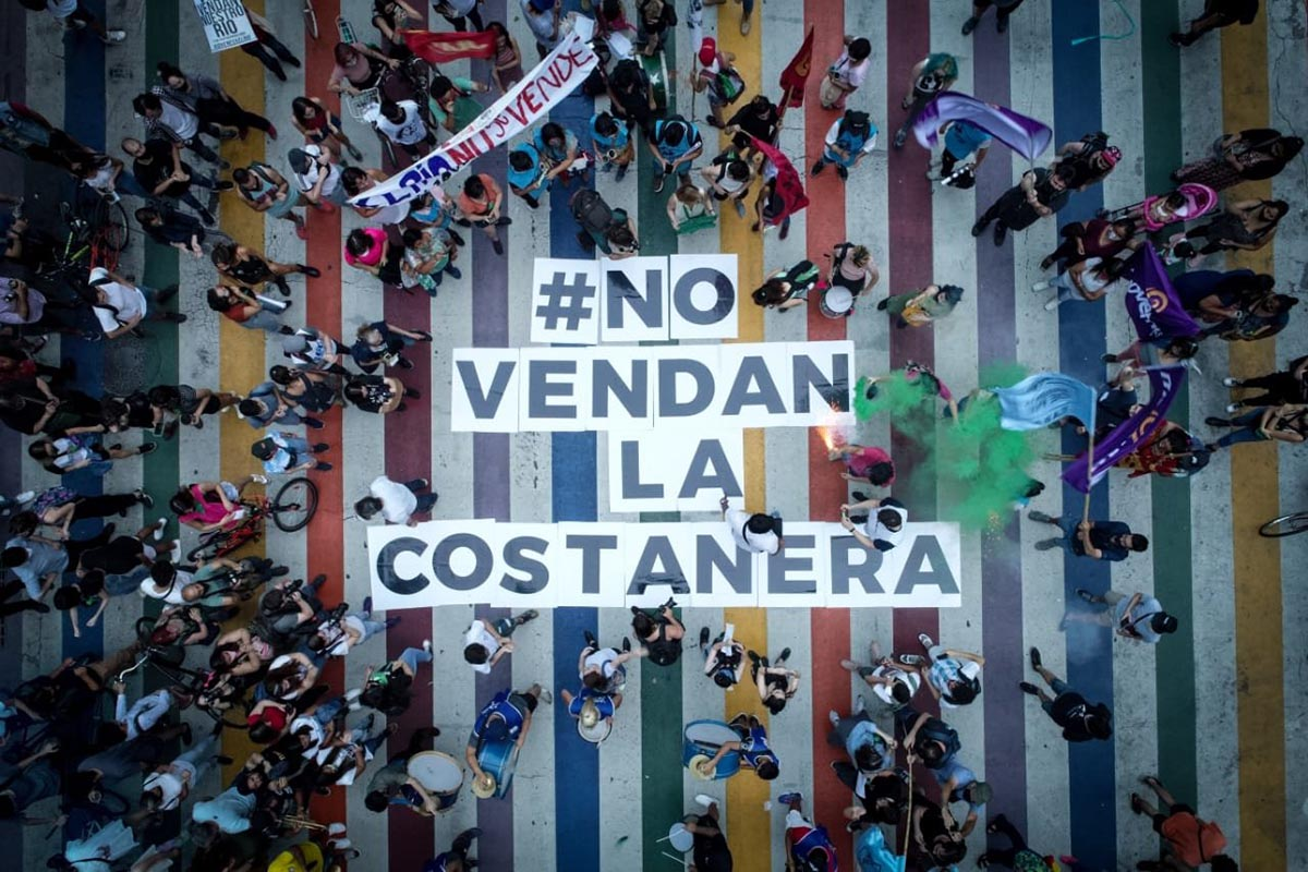 Protesta contra la venta de la costanera.