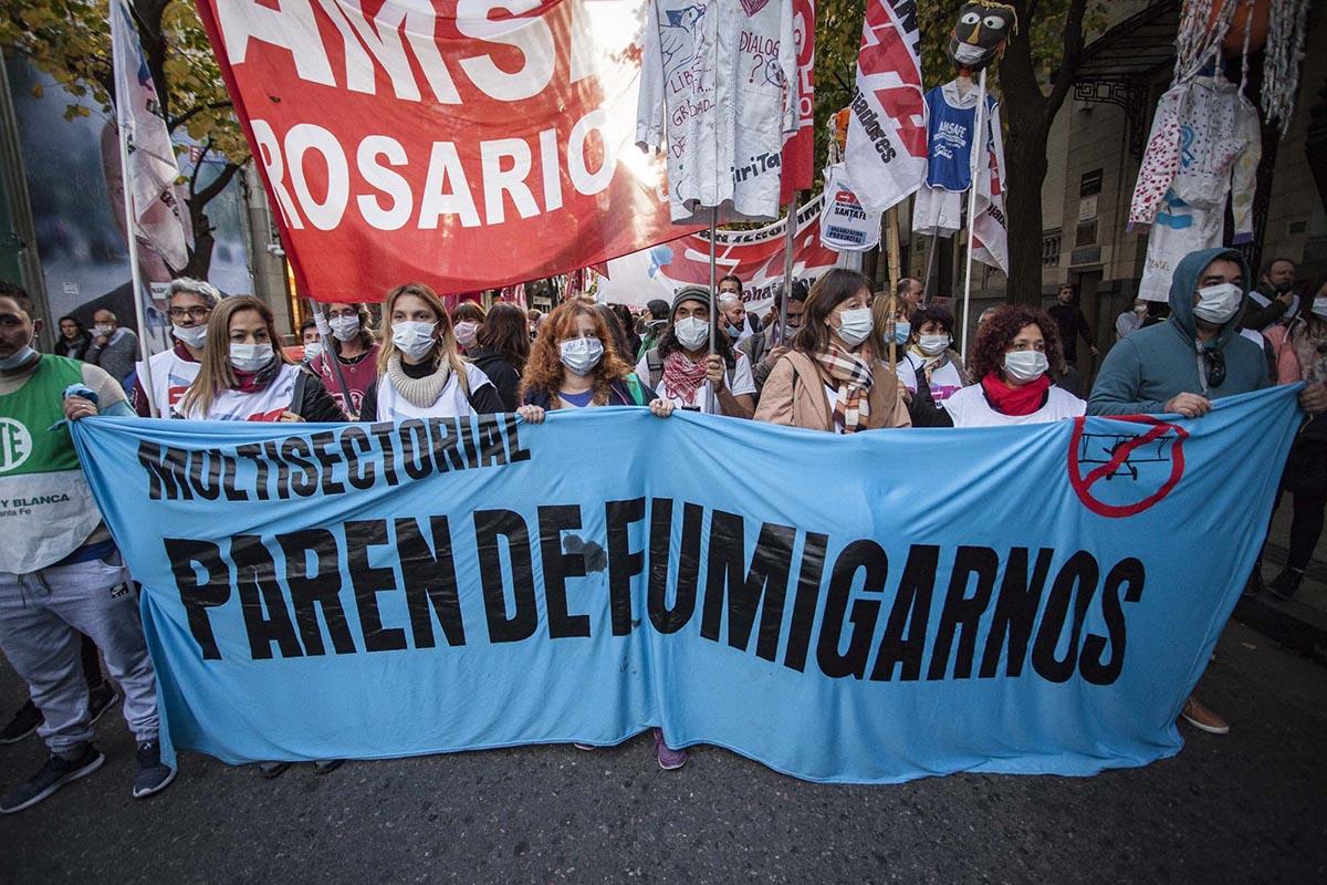Multisectorial paren de fumigar Rosario