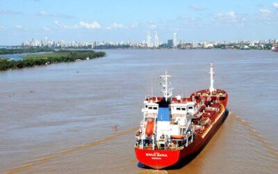 Organizaciones ambientales piden informes al ministro Cabandié sobre la Hidrovía del Paraná