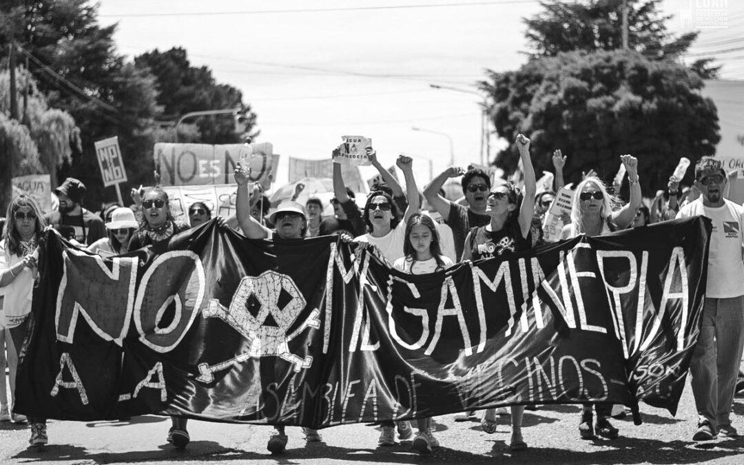 Las movilizaciones contra la zonificación minera en Chubut volvieron a frenar a Arcioni
