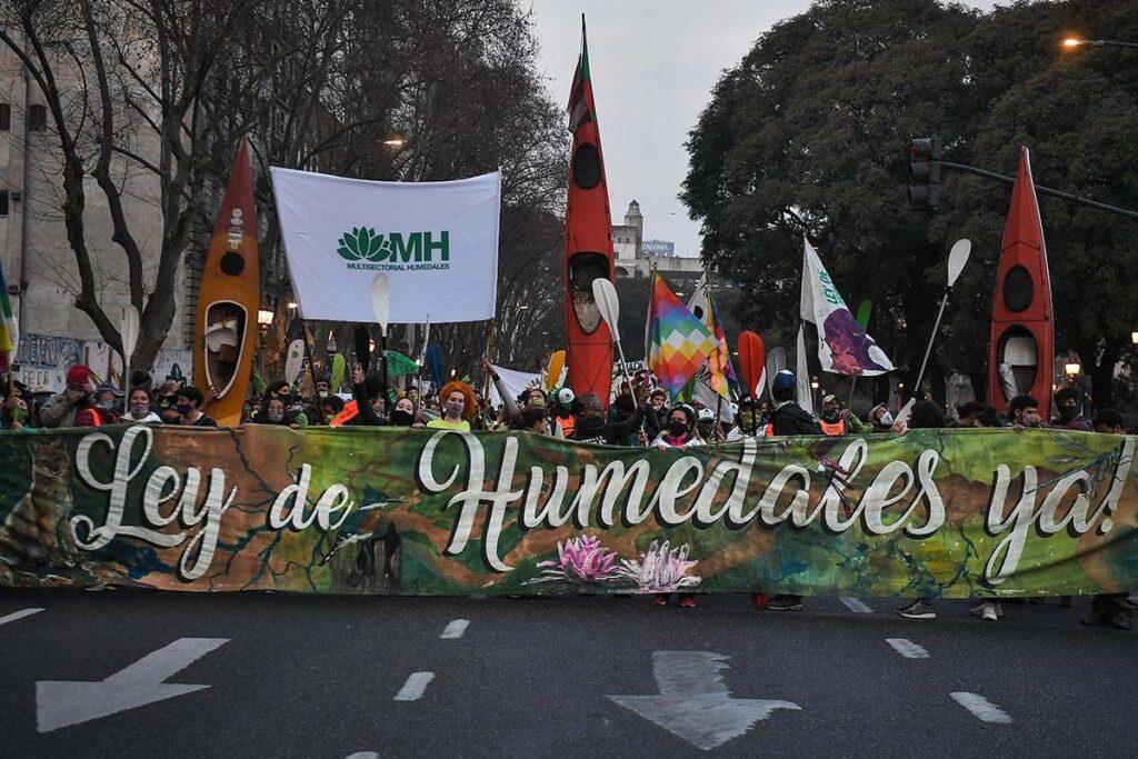 Marcha en Buenos Aires por la ley de humedales
