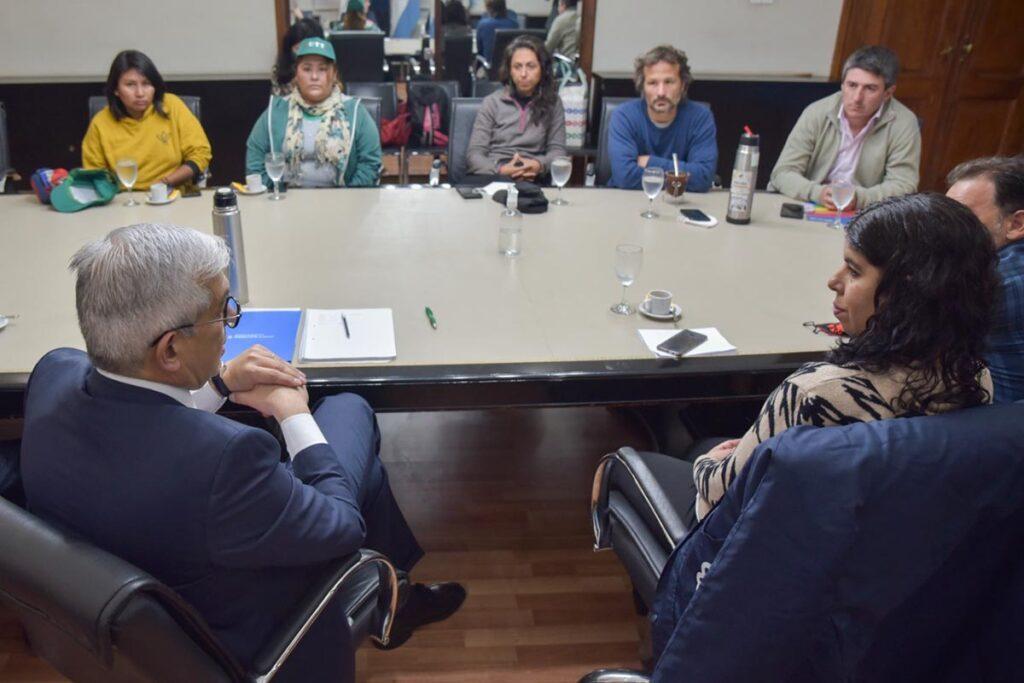 Encuentro de Julián Dominguez, ministro de Agricultura, ganadería y pesca con representantes de la Mesa Agroecologica